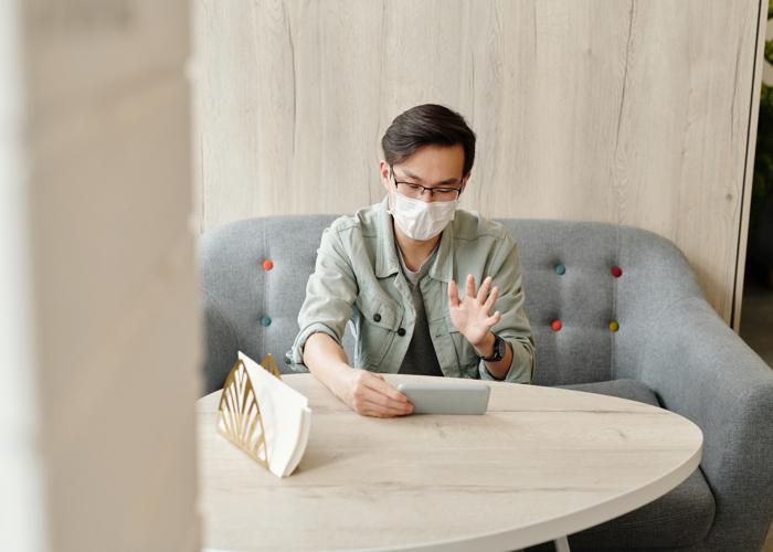 How to Look Good At Virtual Meetings?