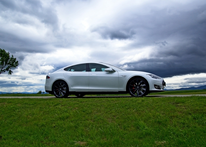 Tesla Recalls New Models Due to Seat Belt Issues
